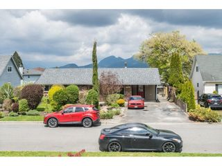 Photo 5: 22908 123RD Avenue in Maple Ridge: East Central House for sale : MLS®# R2571429