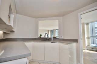 """Photo 17: 503 789 JERVIS Street in Vancouver: West End VW Condo for sale in """"JERVIS COURT"""" (Vancouver West)  : MLS®# R2555767"""