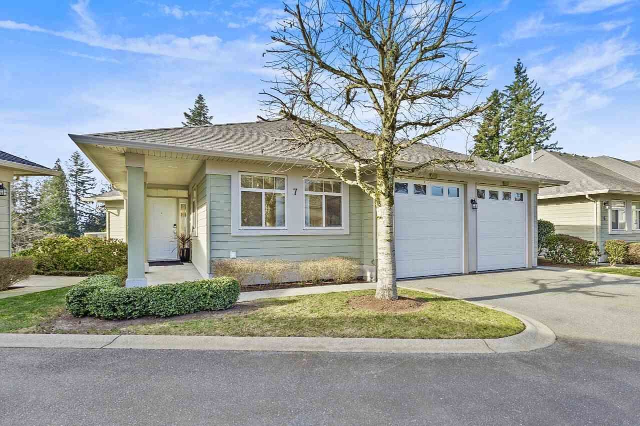 """Photo 2: Photos: 7 34159 FRASER Street in Abbotsford: Central Abbotsford Townhouse for sale in """"EMERALD PLACE"""" : MLS®# R2540229"""