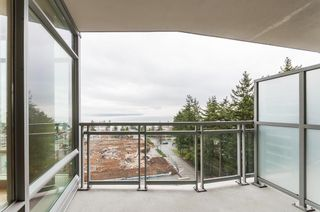 Photo 19: 801 15152 RUSSELL AVENUE: White Rock Condo for sale (South Surrey White Rock)  : MLS®# R2241092
