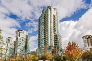"""Photo 3: 2004 1188 QUEBEC Street in Vancouver: Downtown VE Condo for sale in """"City Gate One"""" (Vancouver East)  : MLS®# R2622505"""