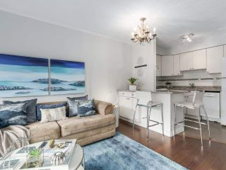 "Photo 5: 307 2120 W 2ND Avenue in Vancouver: Kitsilano Condo for sale in ""ARBUTUS PLACE"" (Vancouver West)  : MLS®# R2240959"