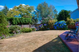 """Photo 30: 932 164A Street in Surrey: King George Corridor House for sale in """"McNally Creek"""" (South Surrey White Rock)  : MLS®# R2604174"""