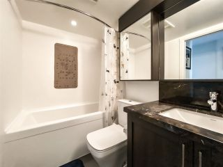 """Photo 7: 515 5598 ORMIDALE Street in Vancouver: Collingwood VE Condo for sale in """"wall centre central park"""" (Vancouver East)  : MLS®# R2560362"""