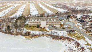 Photo 2: 106 71 Chambers Close in Wolfville: 404-Kings County Residential for sale (Annapolis Valley)  : MLS®# 202104128