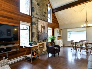 Photo 34: 915 HEMLOCK STREET in CAMPBELL RIVER: CR Campbell River Central House for sale (Campbell River)  : MLS®# 837216