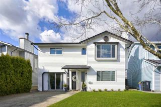 """Photo 2: 2283 WILLOUGHBY Court in Langley: Willoughby Heights House for sale in """"LANGLEY MEADOWS"""" : MLS®# R2555362"""