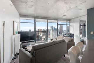 """Photo 4: 3208 128 W CORDOVA Street in Vancouver: Downtown VW Condo for sale in """"Woodwards (W43)"""" (Vancouver West)  : MLS®# R2538391"""