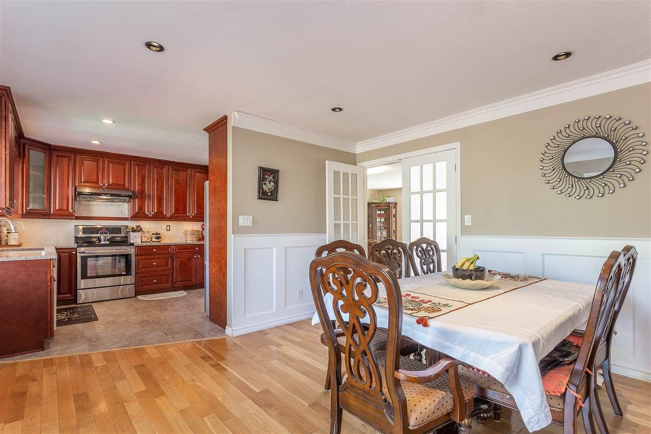 "Photo 4: Photos: 30929 GARDNER Avenue in Abbotsford: Abbotsford West House for sale in ""GARDNER"" : MLS®# R2476312"