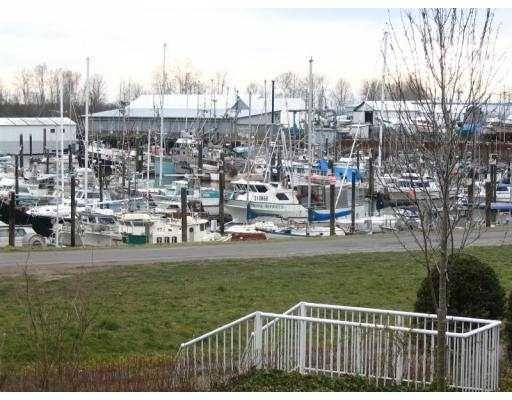 """Main Photo: 218 12639 NO 2 RD in Richmond: Steveston South Condo for sale in """"NAUTICA SOUTH"""" : MLS®# V582114"""