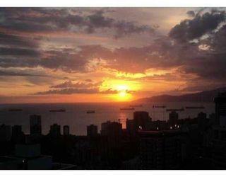 Photo 2: # 3801 1111 ALBERNI ST in Vancouver: Condo for sale : MLS®# V853191