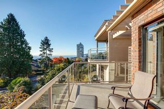 Photo 5: 2309 BELLEVUE Avenue in West Vancouver: Dundarave 1/2 Duplex for sale : MLS®# R2023795