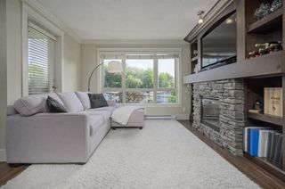 Photo 3: 302 2175 FRASER AVE PORT COQUITLAM in THE RESIDENCES ON SHAUGHNESSY: Home for sale