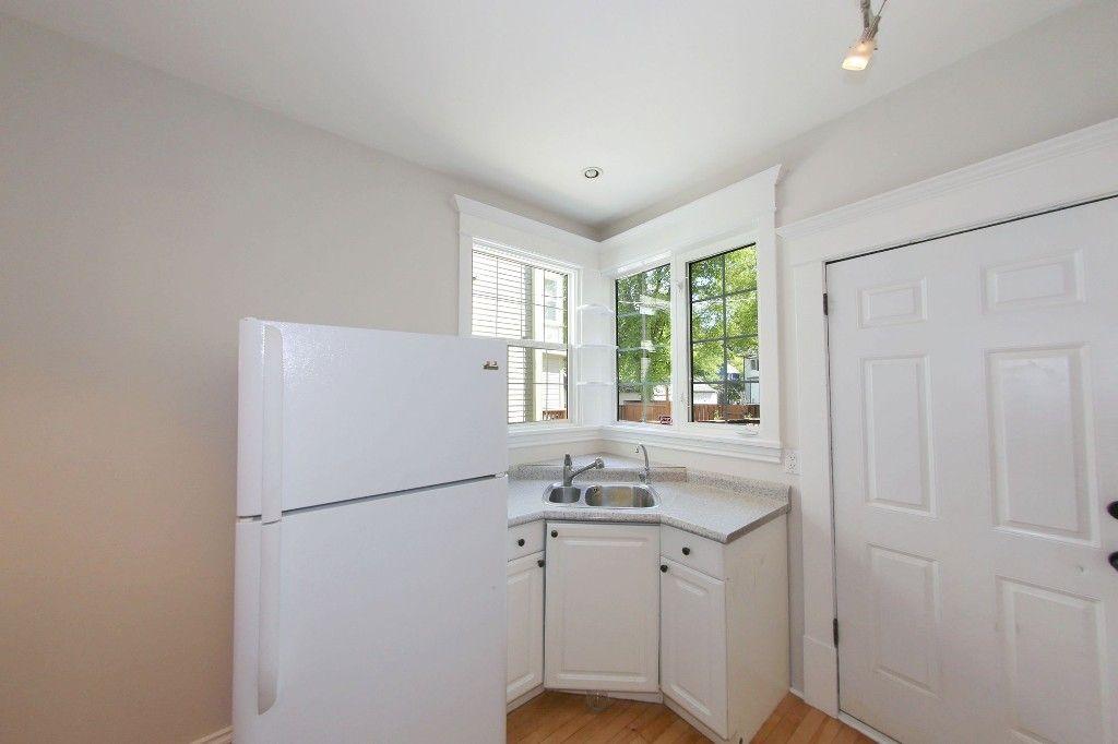 Photo 12: Photos: 453 Greenwood Place in Winnipeg: Wolseley Single Family Detached for sale (West Winnipeg)  : MLS®# 1516914