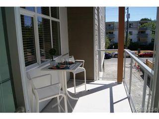 Photo 16: 402 1540 Belcher Ave in VICTORIA: Vi Jubilee Condo for sale (Victoria)  : MLS®# 711918