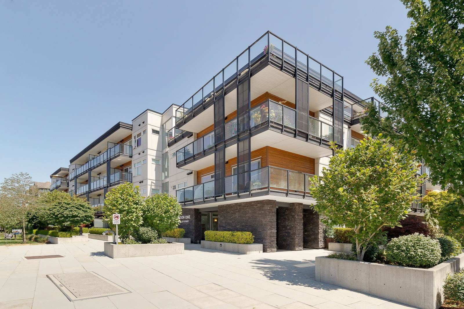 """Main Photo: 205 12070 227 Street in Maple Ridge: East Central Condo for sale in """"STATION ONE"""" : MLS®# R2602000"""