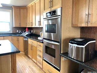 Photo 5: 309 4th Street West in Nipawin: Residential for sale : MLS®# SK856770