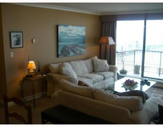 Photo 5: 904-140 East Keith Road in North Vancouver: Central Lonsdale Condo for sale : MLS®# V806974