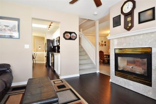 """Photo 8: 4 758 RIVERSIDE Drive in Port Coquitlam: Riverwood Townhouse for sale in """"Riverlane Estates"""" : MLS®# R2397277"""