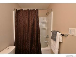 Photo 33: 5325 DEVINE Drive in Regina: Lakeridge Addition Single Family Dwelling for sale (Regina Area 01)  : MLS®# 598205