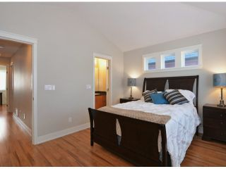 Photo 10: 118 172A ST in Surrey: Pacific Douglas House for sale (South Surrey White Rock)  : MLS®# F1403057