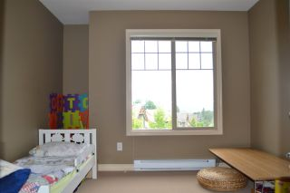 """Photo 13: 21 46840 RUSSELL Road in Sardis: Promontory Townhouse for sale in """"Timber Ridge"""" : MLS®# R2183776"""