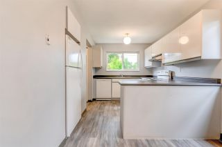 Photo 9: 3320 JERVIS Street in Port Coquitlam: Woodland Acres PQ House for sale : MLS®# R2583092