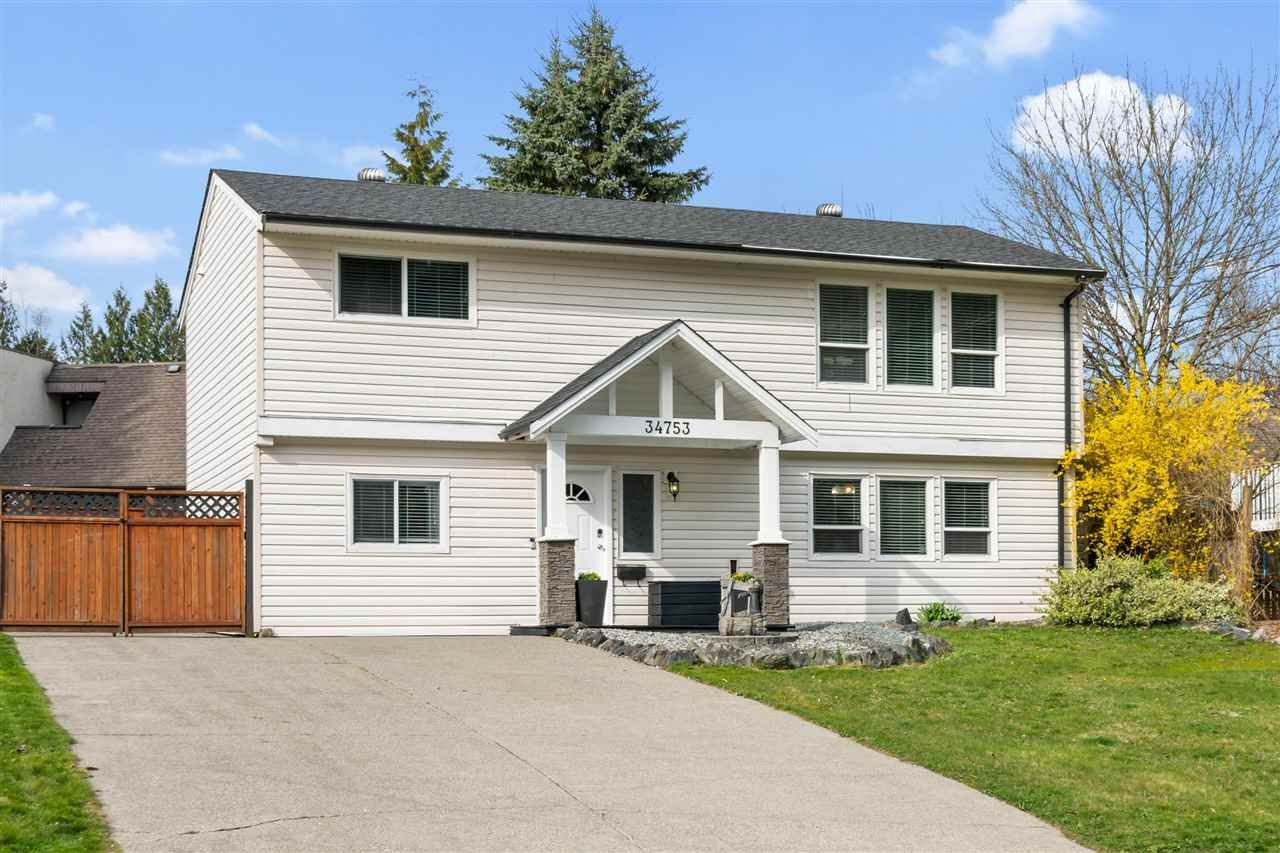 Main Photo: 34753 LABURNUM Avenue in Abbotsford: Abbotsford East House for sale : MLS®# R2566798