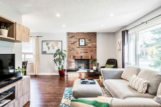 Photo 1: 2628 106 Avenue SW in Calgary: Cedarbrae Detached for sale : MLS®# A1153154