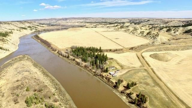 FEATURED LISTING:  Rural Stettler No. 6, County of