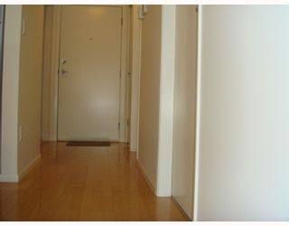 """Photo 6: 405-124 W 3RD ST in North Vancouver: Lower Lonsdale Condo for sale in """"THE VOGUE"""" : MLS®# V647120"""