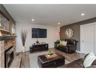 """Photo 10: 18677 61A Avenue in Surrey: Cloverdale BC House for sale in """"EAGLECREST"""" (Cloverdale)  : MLS®# R2426392"""