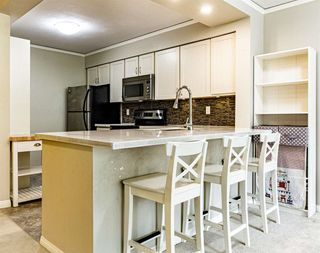 "Photo 3: 403 6070 MCMURRAY Avenue in Burnaby: Forest Glen BS Condo for sale in ""La Mirage"" (Burnaby South)  : MLS®# R2488185"