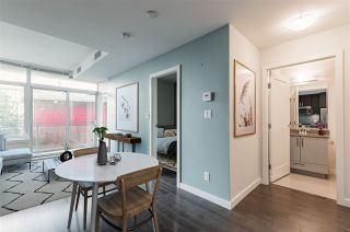 """Photo 5: 807 38 W 1ST Avenue in Vancouver: False Creek Condo for sale in """"THE ONE"""" (Vancouver West)  : MLS®# R2525858"""