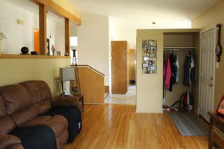 Photo 5: 728 McDougall Street in Pincher Creek: House for sale