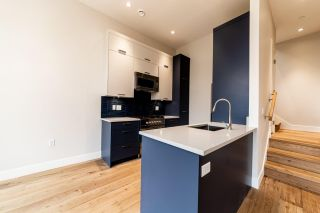 Photo 10: 941 E 24TH Avenue in Vancouver: Fraser VE 1/2 Duplex for sale (Vancouver East)  : MLS®# R2407771