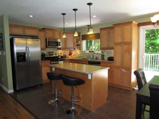 Photo 2: 35294 SELKIRK AVE in ABBOTSFORD: Abbotsford East House for rent (Abbotsford)