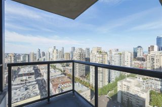 """Photo 2: 2609 977 MAINLAND Street in Vancouver: Yaletown Condo for sale in """"YALETOWN PARK 3"""" (Vancouver West)  : MLS®# R2398459"""