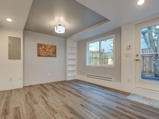 Photo 18: 2 123 Ladysmith St in Victoria: Vi James Bay Row/Townhouse for sale : MLS®# 885018