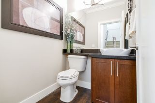 """Photo 16: 21125 80 Avenue in Langley: Willoughby Heights Condo for sale in """"Yorkson"""" : MLS®# R2394330"""