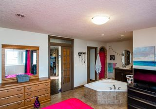 Photo 11: 3712A 41 Street SW in Calgary: Glenbrook Semi Detached for sale : MLS®# A1100932