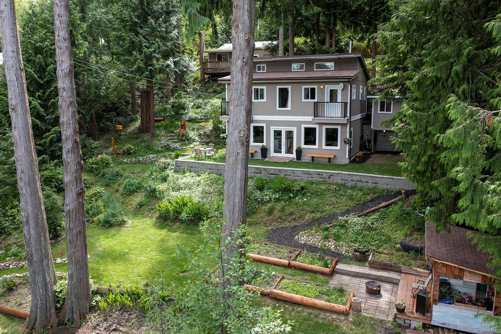 Main Photo: 834 Sutil Point Rd in : Isl Cortes Island House for sale (Islands)  : MLS®# 877515
