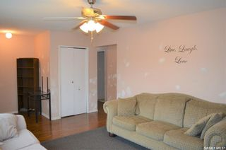 Photo 6: 122 Clancy Drive in Saskatoon: Fairhaven Residential for sale : MLS®# SK873839