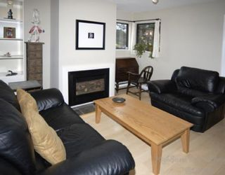 """Photo 2: 1 1266 W 6TH Avenue in Vancouver: Fairview VW Townhouse for sale in """"CAMDEN COURT"""" (Vancouver West)  : MLS®# V704560"""