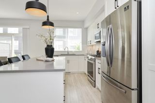 """Photo 8: 44 8371 202B Street in Langley: Willoughby Heights Townhouse for sale in """"Kensington Lofts"""" : MLS®# R2606298"""