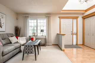Photo 2: 637 Hamptons Drive NW in Calgary: Hamptons Detached for sale : MLS®# A1112624