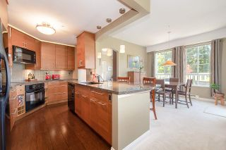 """Photo 9: 313 5835 HAMPTON Place in Vancouver: University VW Condo for sale in """"ST. JAMES HOUSE"""" (Vancouver West)  : MLS®# R2265887"""
