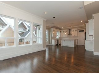 Photo 5: 337 171A Street in Surrey: Pacific Douglas Home for sale ()  : MLS®# F1426277