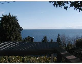 Photo 8: 92 KELLY Road in Gibsons: Gibsons & Area House for sale (Sunshine Coast)  : MLS®# V813424