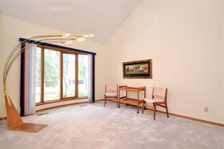 Photo 4: 660 Charleswood Road in Winnipeg: Charleswood Residential for sale (1G)  : MLS®# 202120885